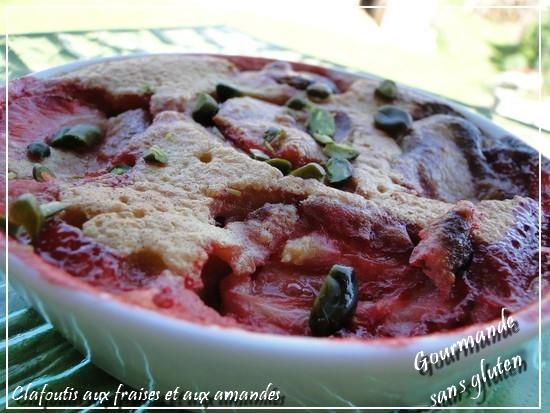 Clafoutis aux fraises et aux amandes sans gluten