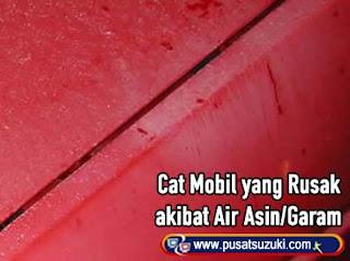 Cat Mobil yang berkarat air garamasamasin