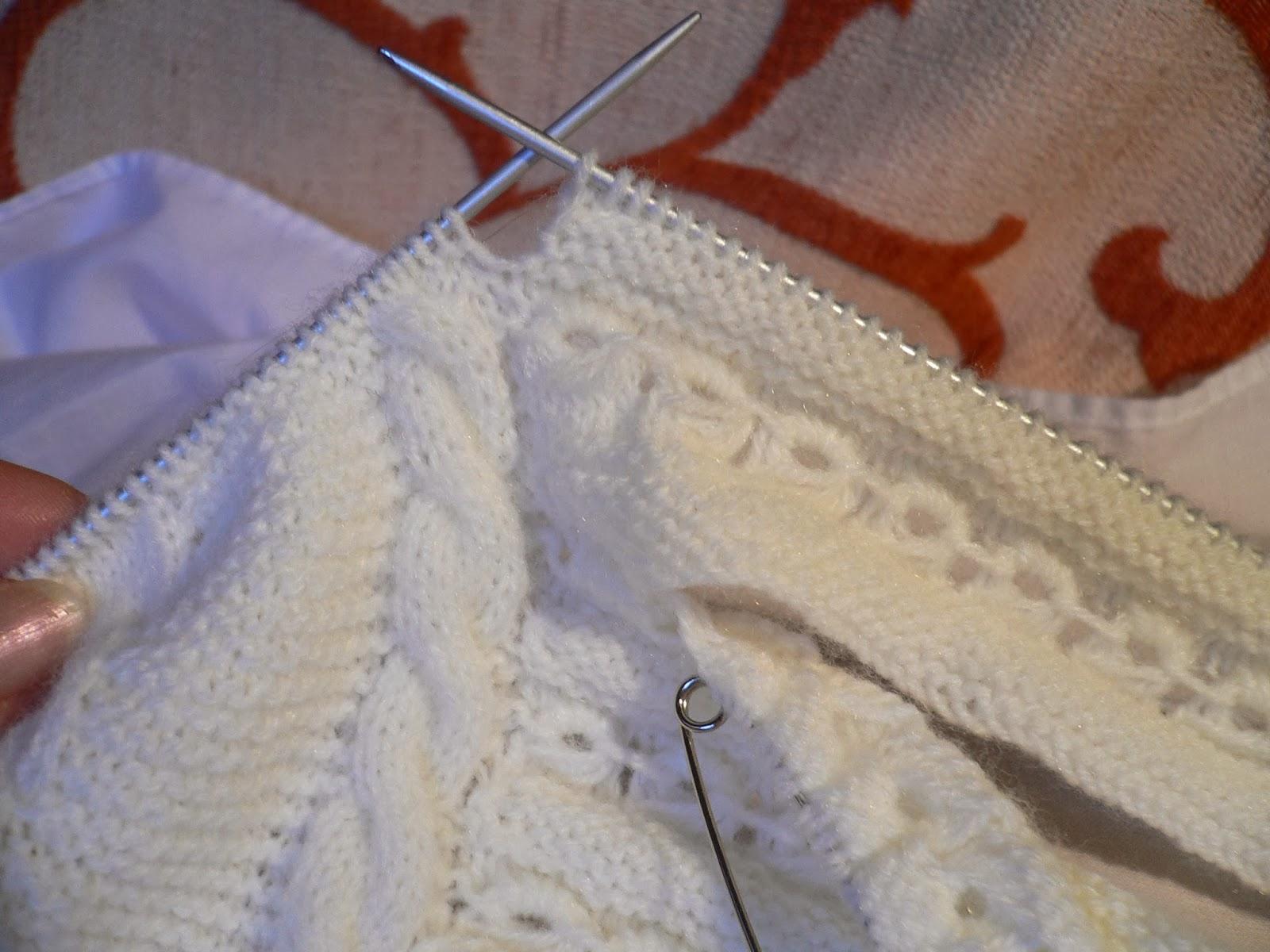 Emilia y sus labores de punto jersey beb primera postura - Labores de punto de media ...