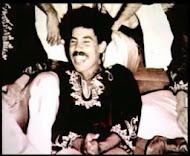 ولد بوجميع، واسمه الكامل بوجمعة حكور، بكريان الخليفة بالحي المحمدي بالدارالبيضاء سنة 1944، من أسرة