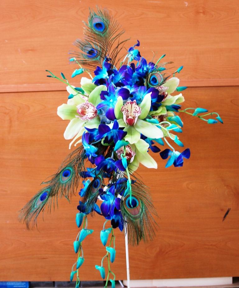 Matrimonio Tema Pavone : Matrimonio in corso quot a bouquet of happiness parlando di