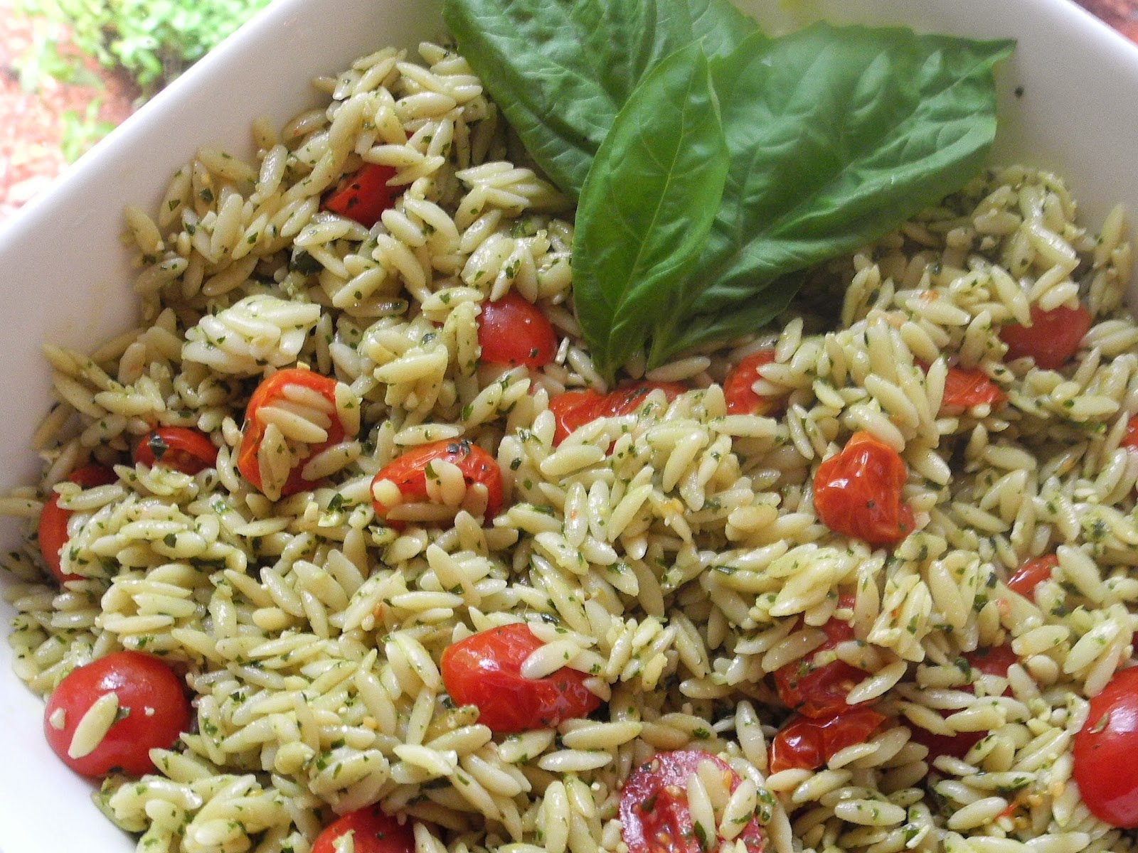 orzo salad with tomatoes and pine nuts recipe orzo salad with tomatoes ...
