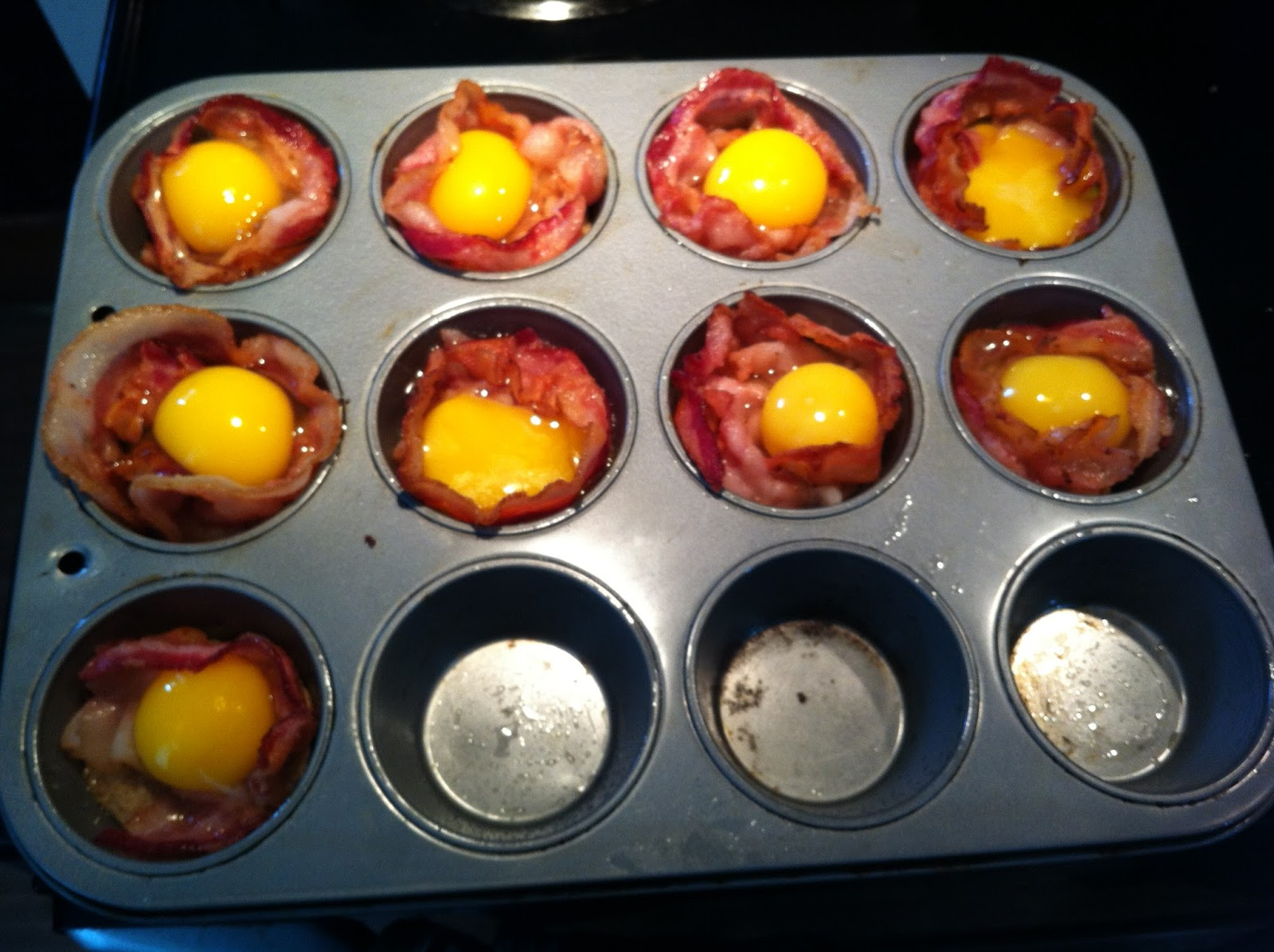 ... per muffin cup 2 slices of bacon per muffin cup 1 egg per muffin cup 1