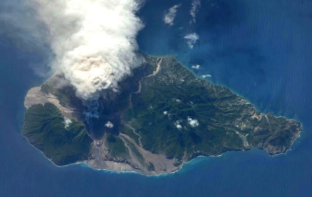 an analysis of the volcanic activities in montserrat island in the caribbean The explosion of the soufriere hills volcano, on the island of montserrat erupting on the island of montserrat in the caribbean they watch track events.