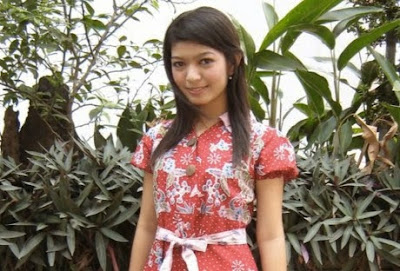 Biodata Dan Foto Selvi Ananda Putri Solo