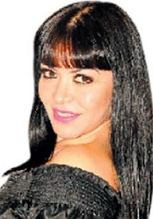 Teresa Espinoza con flequillo