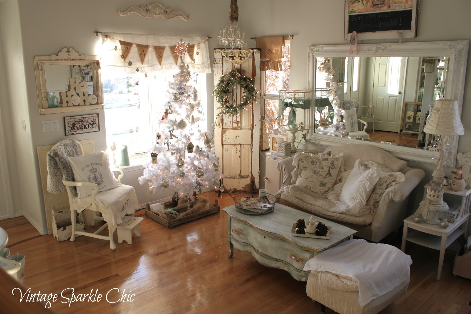 vintage sparkle chic french shabby christmas decorations. Black Bedroom Furniture Sets. Home Design Ideas