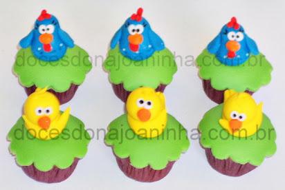 Cupcake decorado Galinha Pintadinha