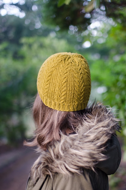 Slip cable hat on Ravelry