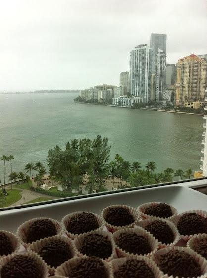 fazendo brigadeiros em Miami