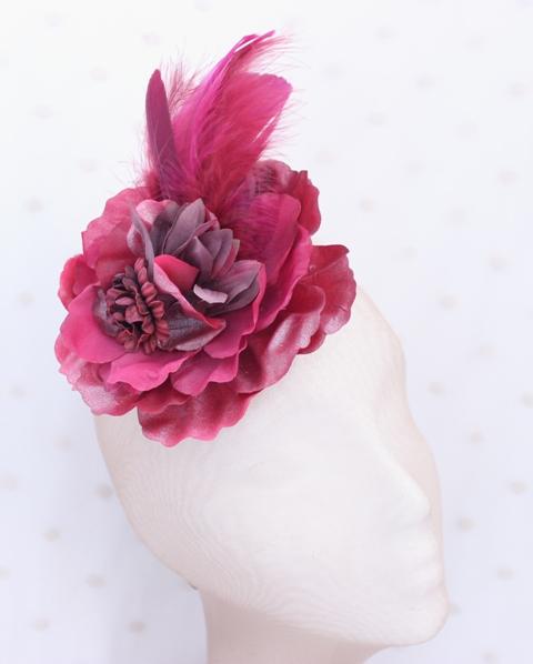 Colección Pedaleando - Tocado Bouquet Granate