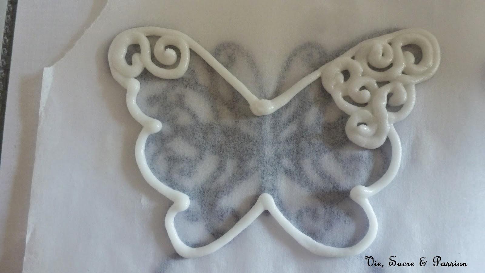 vie sucre passion comment faire des papillons en glace royale. Black Bedroom Furniture Sets. Home Design Ideas