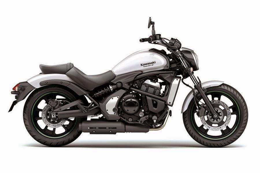 Kawasaki Vulcan S (2015) Side 2