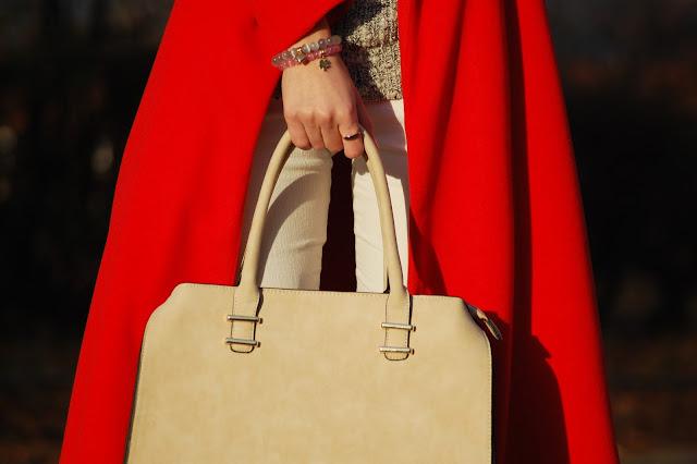 Długi czerwony płaszcz | long red coat