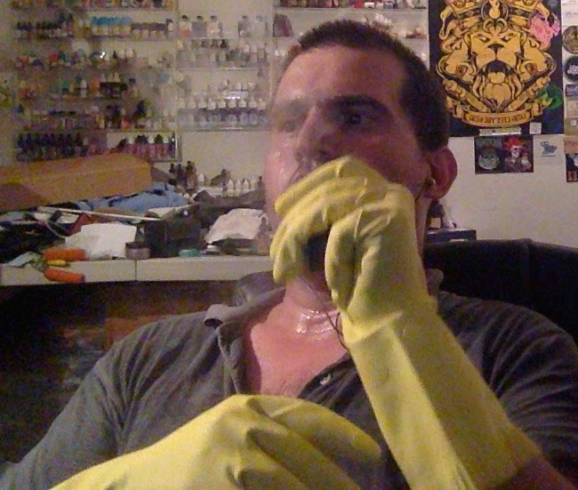 Spring cleaning, vapig a reoi, dish gloves, vaping with dish gloves