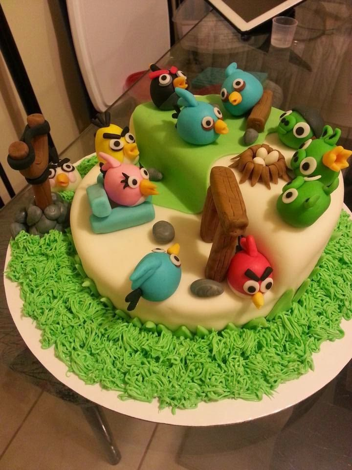 Cake With Fondant Bird : [Swaggy Simple Cakes]: Angry Bird Cake Fondant