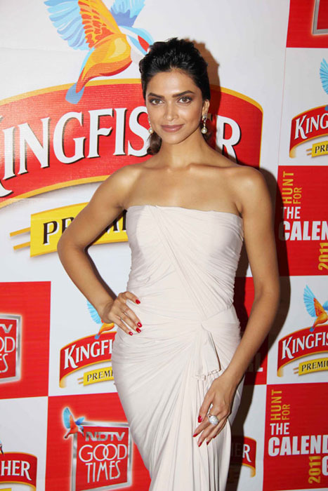 deepika padukone at kingfisher event actress pics