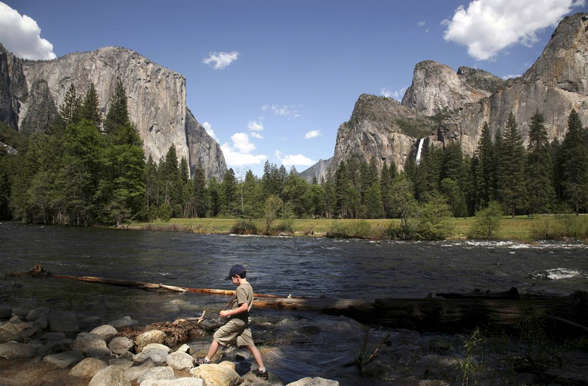 yosemite national park On this day in history, yosemite national park established on oct 01, 1890 learn more about what happened today on history.