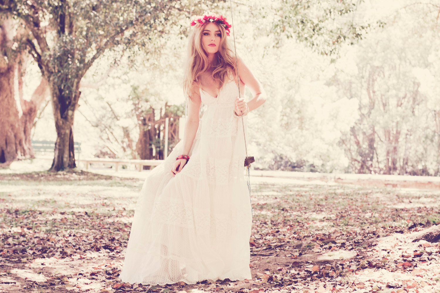 Teekidesignsbyamyoram beach boho wedding gowns via Hippie vintage wedding dresses