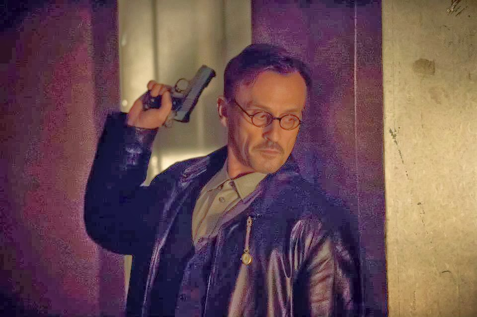 Fashion and Action: A Timely Look at Arrow's Clock King ...