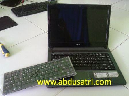 Cara pasang keyboard laptop