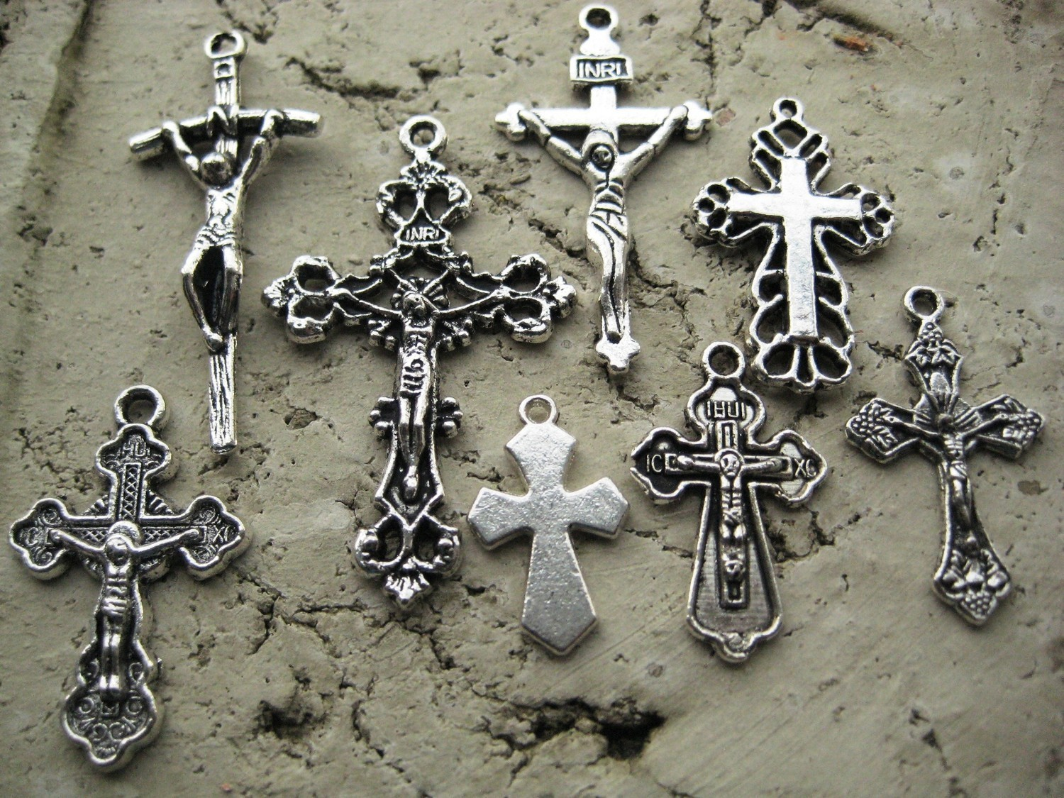 Why i am catholic for all the sacramentals crosses and crucifixes there is a difference between a cross and a crucifix a cross becomes a crucifix only when it bears an image of our lords sacred body biocorpaavc Choice Image