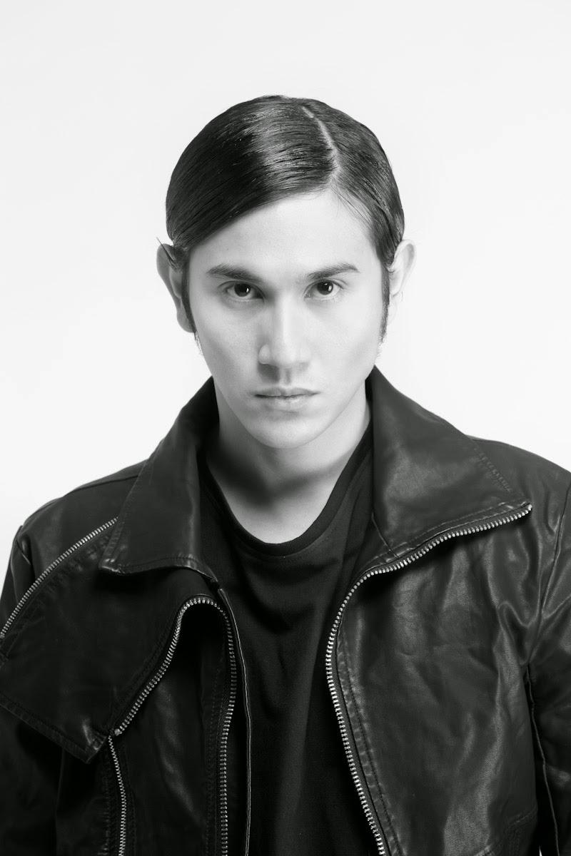 Biodata Dan Foto Profil Biografi Vino G Bastian Lengkap ...