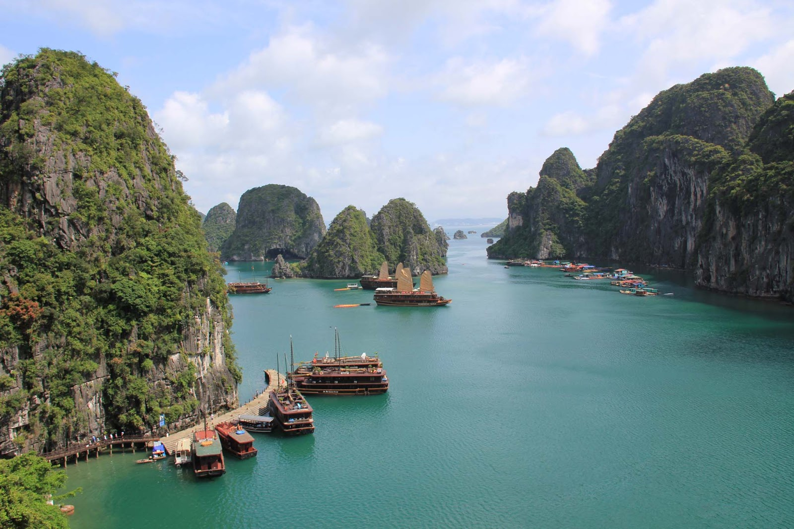 Halong Vietnam  City new picture : Halong Bay, Vietnam | Settings | Pinterest