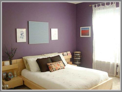 ... perempuan gunakan warna ungu sebagai warna utama atau warna dominan