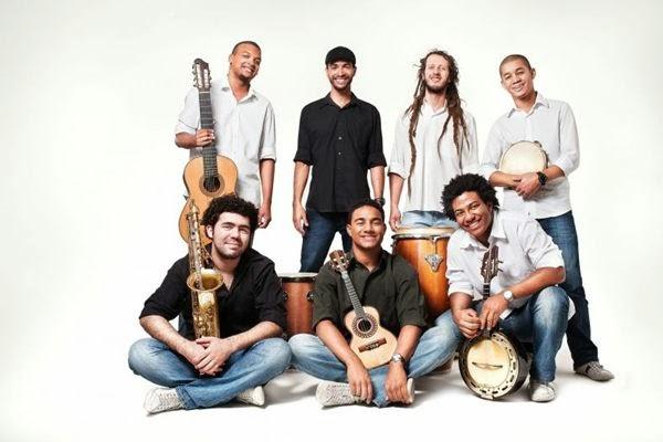 Musica Adora Roda - Mensageiros do Samba (2014)