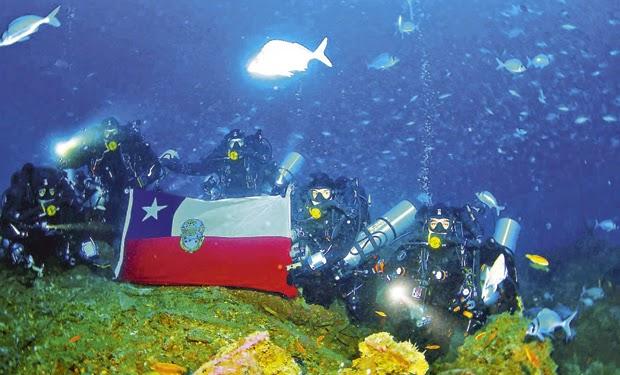 http://www.latercera.com/noticia/nacional/2015/03/680-620790-9-buzos-de-la-armada-se-certifican-para-inmersion-hasta-100-metros-de-profundidad.shtml