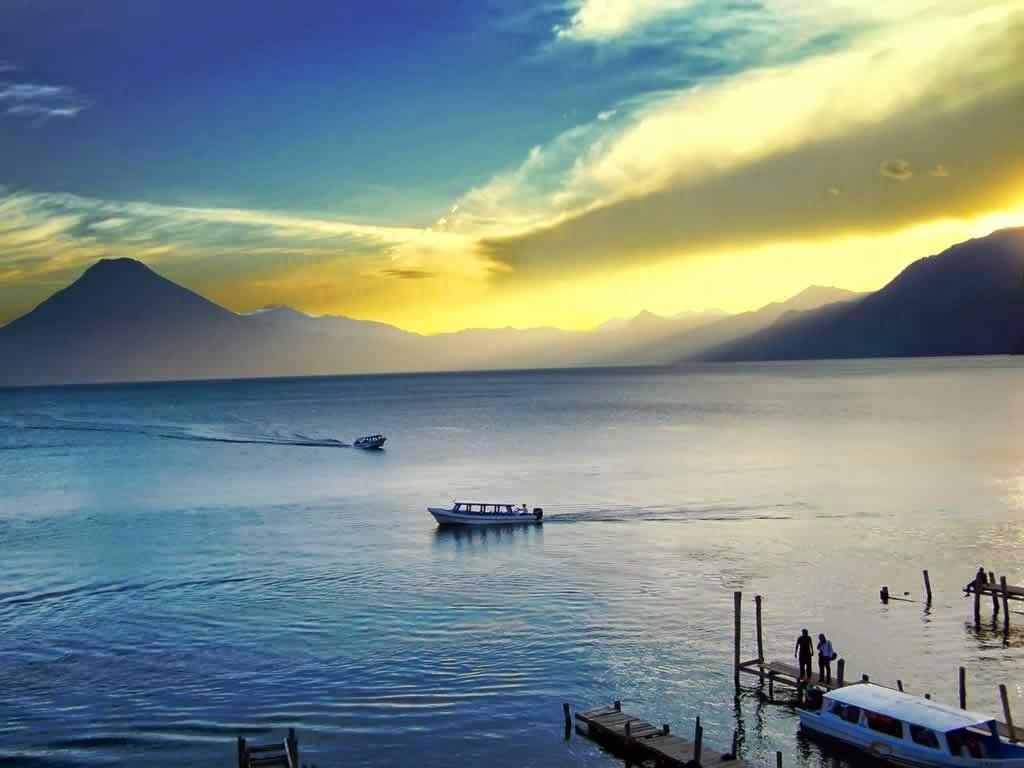 El Lago Atitlán en Guatemala