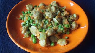 Soja texturizada y guisantes al curry