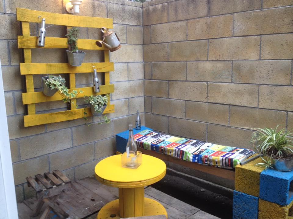 si os ha gustado esta jardinera hecha con palets por favor comparte esta publicacin desde muebles de palets os estaremos muy agradecidos