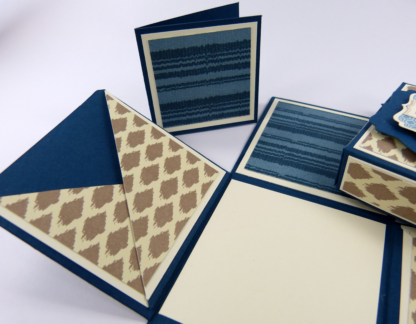 stempelitis blaue m nner box. Black Bedroom Furniture Sets. Home Design Ideas