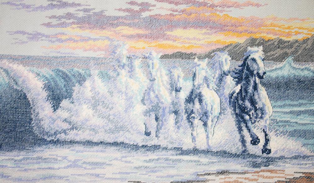 Бегущая по волнам вышивка 231