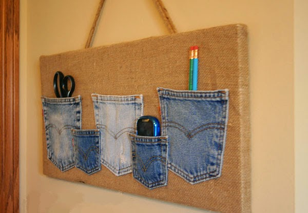 5 home decor from recycled materials eco trendy for Home decor using waste