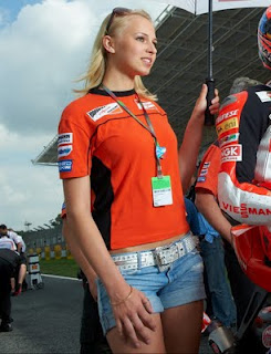 Paddock Girls And Show new Cars