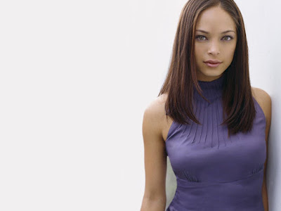 kristen kreuk wallpaper. Canadian actress Kristin Kreuk