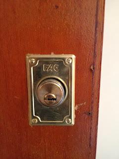 cerrajeros en turis, cerrajero turis, cerrajero en turis, cerrajeria turis, abrir puerta turis, cambiar cerradura turis, instalacion de cerrojos fac turis
