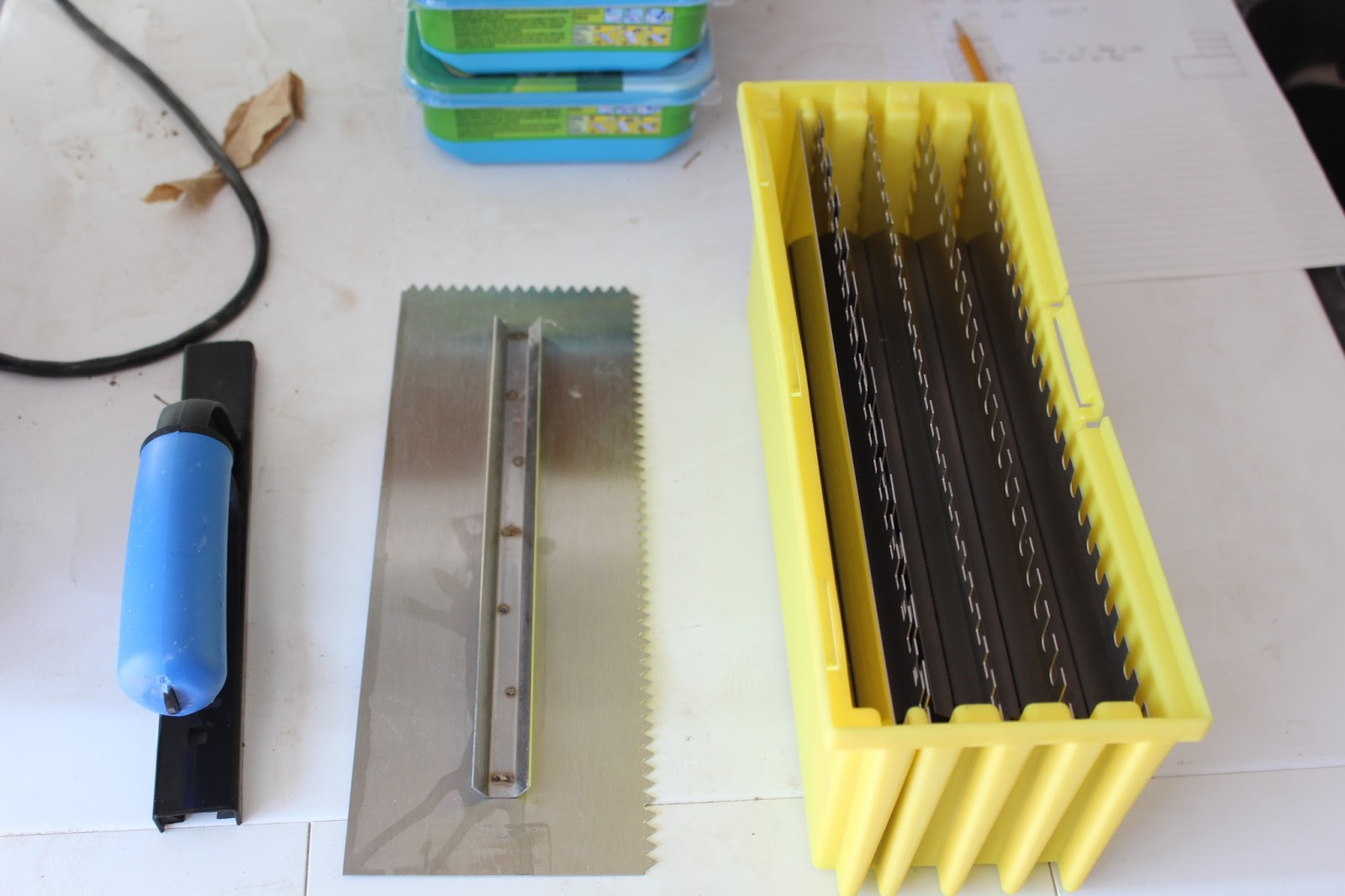Chris tool obsession barwalt ultralife tile trowels dailygadgetfo Gallery