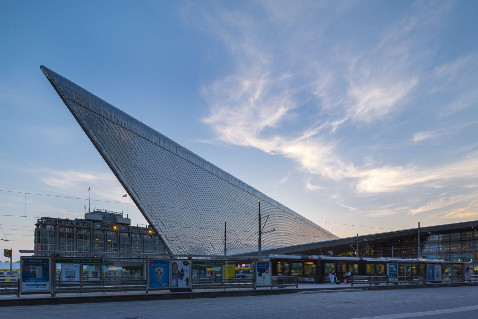 04-Rotterdam-Centro-Estación-por-Team-CS