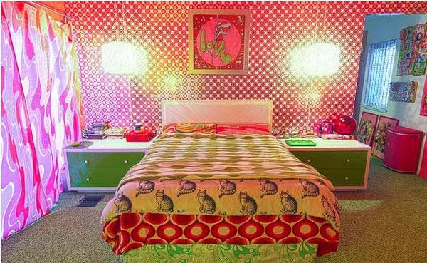 Bedroom design funky and retro home inspirations for Retro bedroom designs