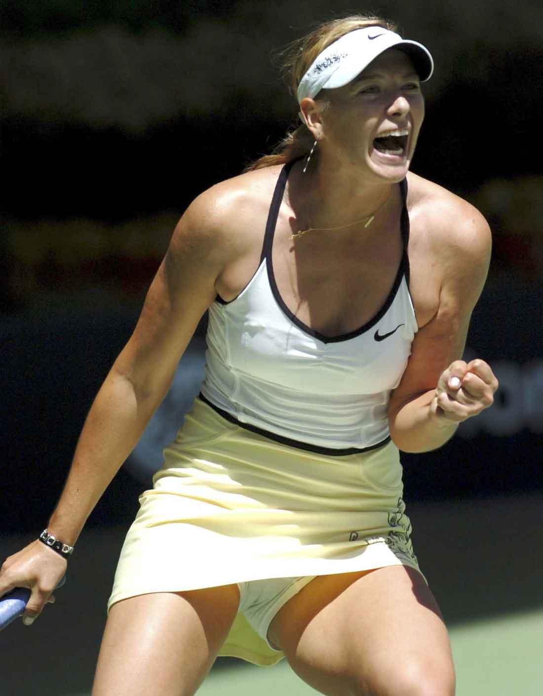 Фото под юбкой тенисисток 3 фотография