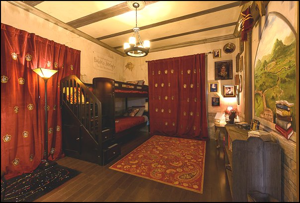 Decorating theme bedrooms maries manor harry potter for Decoration harry potter