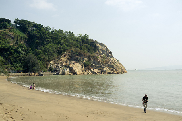 A strip of beach at Gulangyu Island