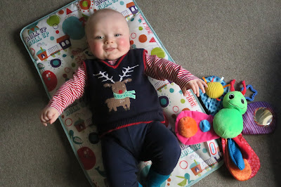 Me, Being Mummy : Week 32 – First Christmas!