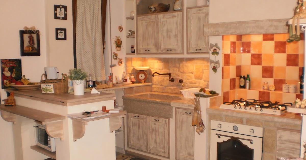 Iv soluzioni cucina in muratura in stile country tutta artigianale - Soluzioni no piastrelle cucina ...