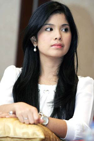Download image Foto Anisa Pohan 3 PC, Android, iPhone and iPad ...