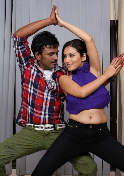Ista sakhi movie heroine anu smruthi stills3